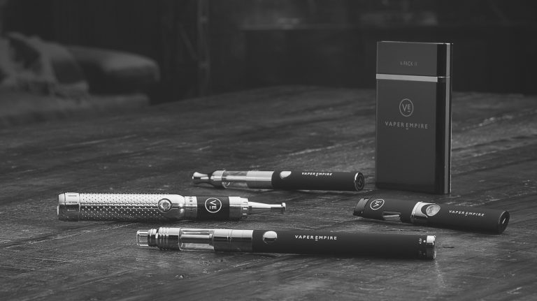 Choose the Best Vape Kits to Stop Smoking Today